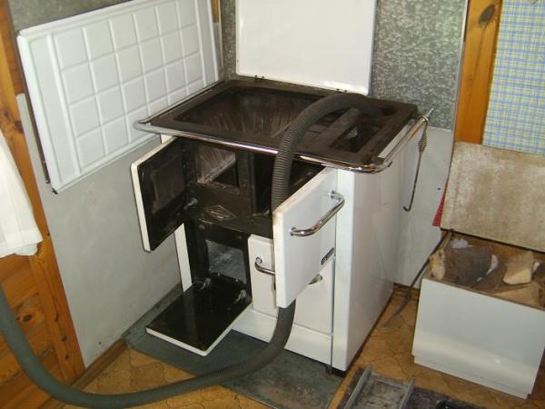 Pulizia stufa economica manutenzione utilizzatori a for Cappa cucina senza canna fumaria